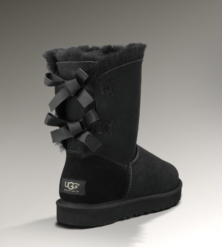 UGGS: I have always thought UGGS were kinda plain and have never liked them on me...but I think I could Rock these! Love the bows!