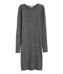 Knee-length dress in soft, ribbed viscose jersey with a round neck and long sleeves.