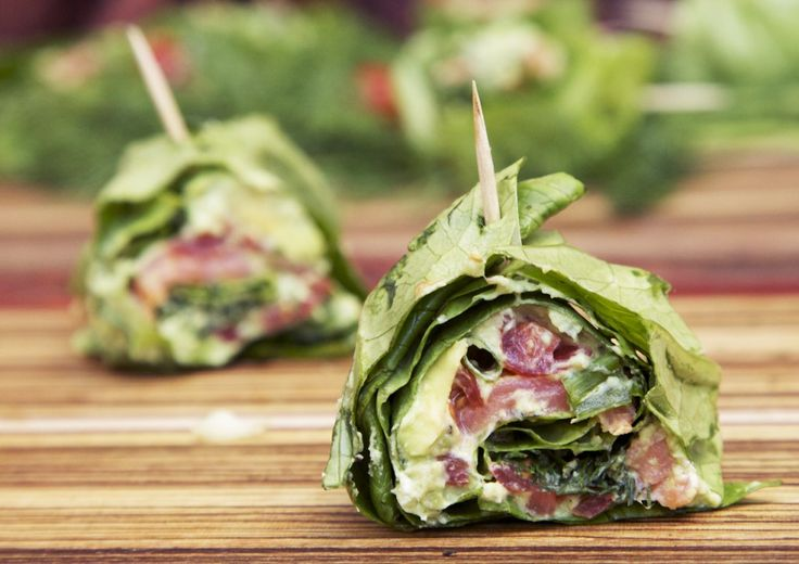 Low-carb Smoked Salmon and Avocado Roll-ups | The Pescetarian and the Pig
