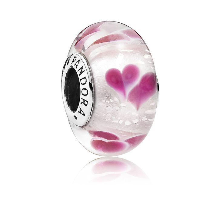 Pandora Muranoglas bedel 'Roze harten' 791649. Prachtig bedel gemaakt van Muranoglas en gemaakt om cadeau te geven met Valentijn. Een mooie bedel om te geven en om te krijgen.