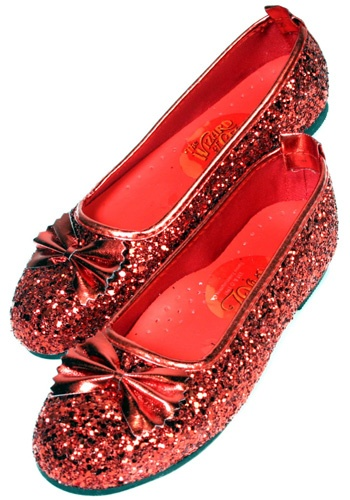 I used to have a pair of ballet flats inspired by Dorothy's ruby slippers! I wore them so much that the shoes wore out ;P but they were the cutest pair of shoes I have ever owned!