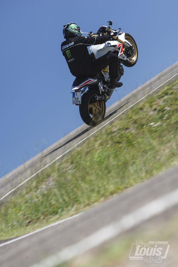 Balance halten #Motorrad #Motorcycle #Motorbike #louis #detlevlouis #louismotorrad #detlev #louis