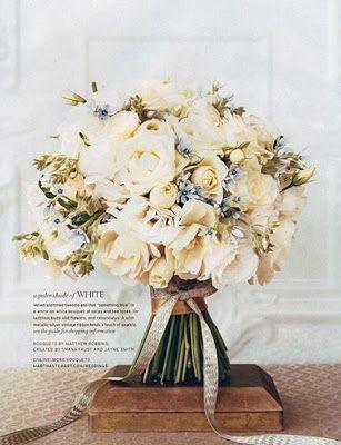 Bouquet de noiva - Casamento clássico - Off white com toque de azul