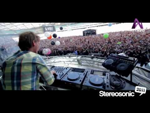 Avicii made 2011 his own. Check out the young DJs crazy impact on the Stereosonic crowd. Head to www.stereosonic.com.au: Crazy Impact, Djs Crazy, Stereosonic Crowd, Young Djs, 2011 Videos, Www Stereosonic Com Au, Stereosonic 2011