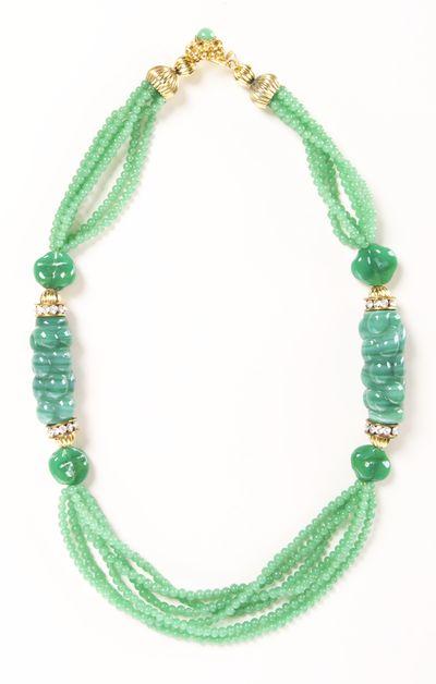 mint / jade vintage necklace
