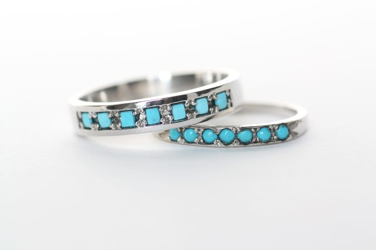 Antique Turquoise wedding bands in white gold by Mociun