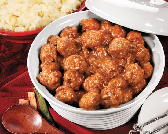 NORWEGIAN MEATBALLS 4Tbsp butter 1 onion 2 slices bread 2/3c beef stock 1 egg ¼ tsp ea allspice & white pepper 1lb beef  Sauce  2Tbsp flour 1 1/3c beef stock 2Tbsp whipping cream Ground allspice  Saute onions in butter ~5mins. Combine bread & stock in lrg bowl, add onions, egg, spices & beef. Shape into balls. Saute balls in 2Tbsp butter ~20mins. Reserve drippings in skillet, stir in flour & cook over med heat~4mins til brown. Whisk in stock & cream. Simmer til thick & smooth ~5mins. S&P tt