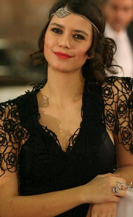 when someone talks about beauty I remember Beren Saat