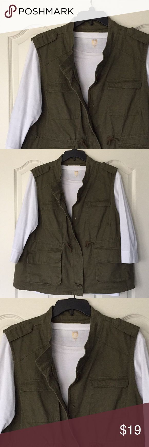 Olive green vest with zipper and snaps Olive green vest with zipper and snaps also has a cinching cord at waist.  Armpit to armpit is 27.5 inches and length is 28.5 inches. Worn twice.  Great addition to your closet! Per Se Jackets & Coats Vests
