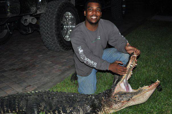 Florida hog hunting, south florida hog hunting, wild boar hunting naples florida, lake Okeechobee hogs meat and trophy