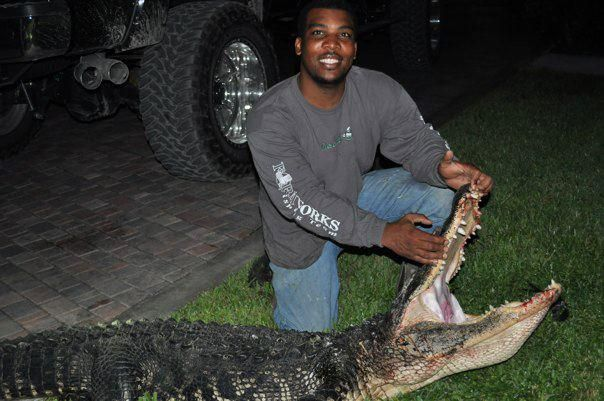 Florida hog hunting, south florida hog hunting, wild boar hunting naples florida, lake Okeechobee hogs meat and trophy
