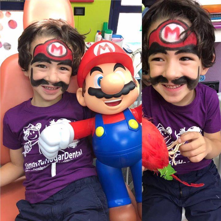 Iguales!!!!! Si si Mario vino a la consulta con su hermano gemelo nuestro campeón dental!!!!  yes yes brother!!!!! Puedes coger cita en nuestra web http://ift.tt/1MrTCcN o llamar por teléfono a Javier  en el 963 718 003 estamos en calle Serpis 68 Edif Arcade Valencia España #LaClinicaDentalInfantilDraPaloma