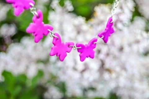 Butterfly - náhrdelník náhrdelník motýl romantické fimo něžné butterfly polymer purpurová motýlí