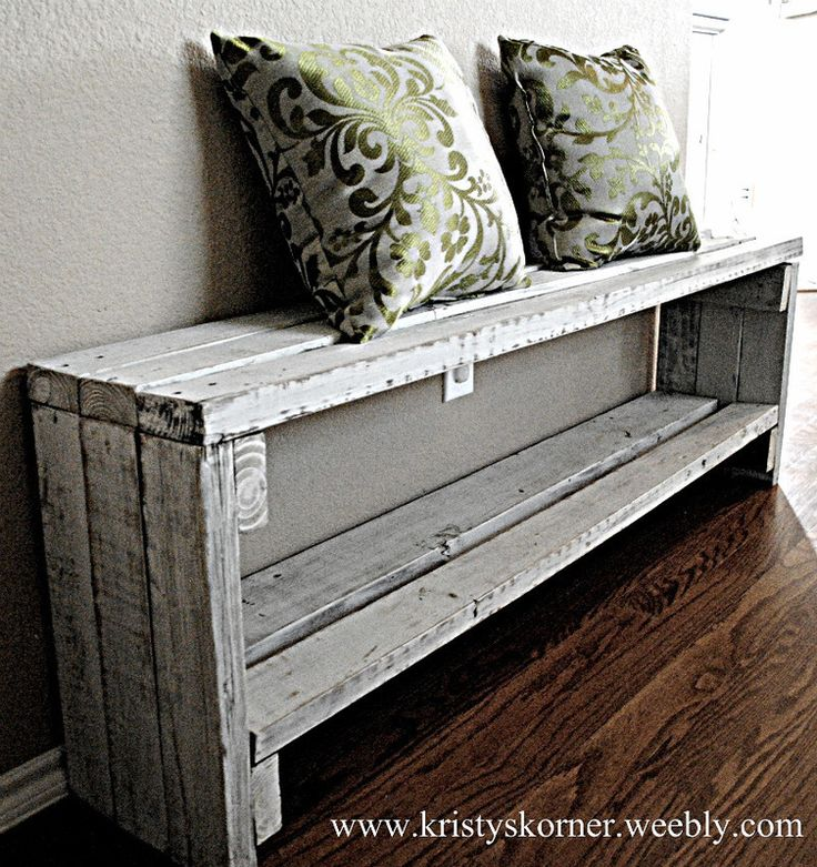 A bench made from an old fence. Hmmm... I have an old fence. Love!