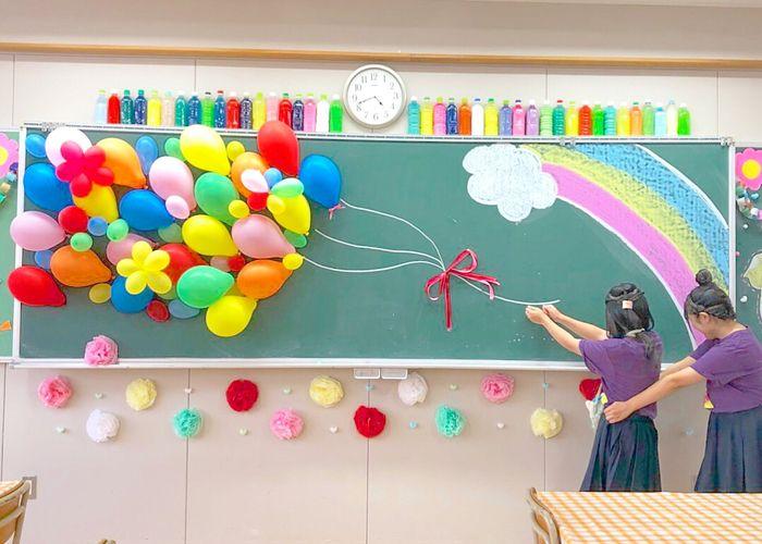 ウェルカムスペースに真似したい!完成度が高すぎる高校生の『文化祭装飾』が凄い♡