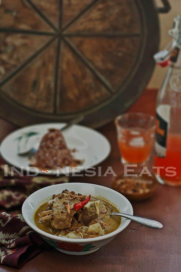 Tongseng Kambing - Goat, Cabbage & Coconut Stew