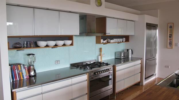Planning a similar colour for our kitchen splashback