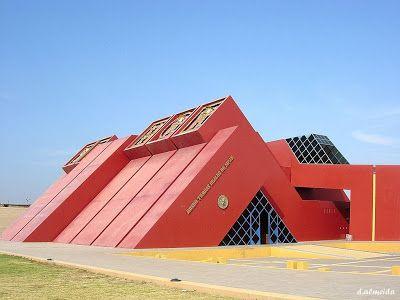Mi Moleskine Arquitectónico: MUSEO TUMBAS DEL SEÑOR DE SIPÁN