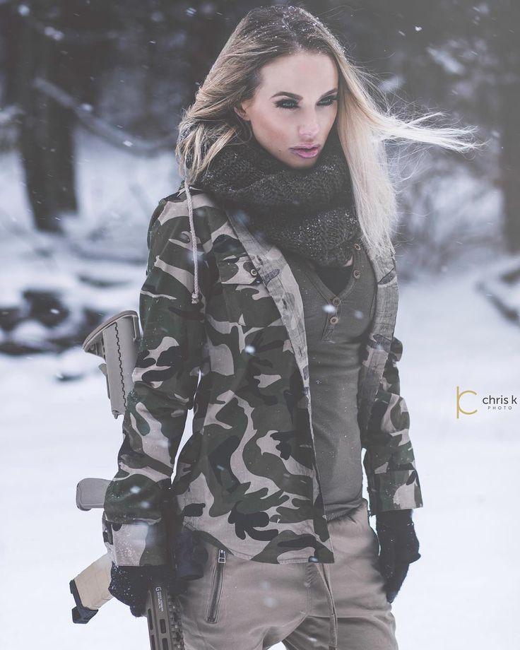 412 Best Mulheres E Armas Images On Pinterest