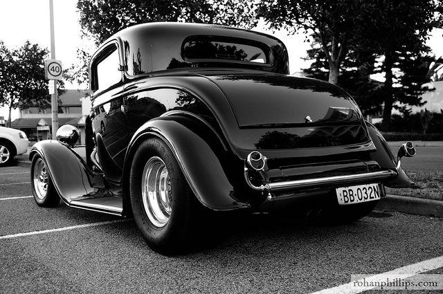 Hot Rod muscle & classic car cruise