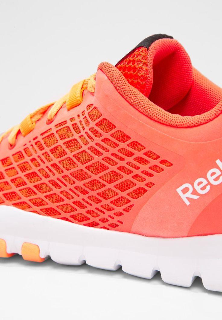Reebok EVERCHILL TRAIN - Scarpe da fitness - atomic red/peach/white - Zalando.it