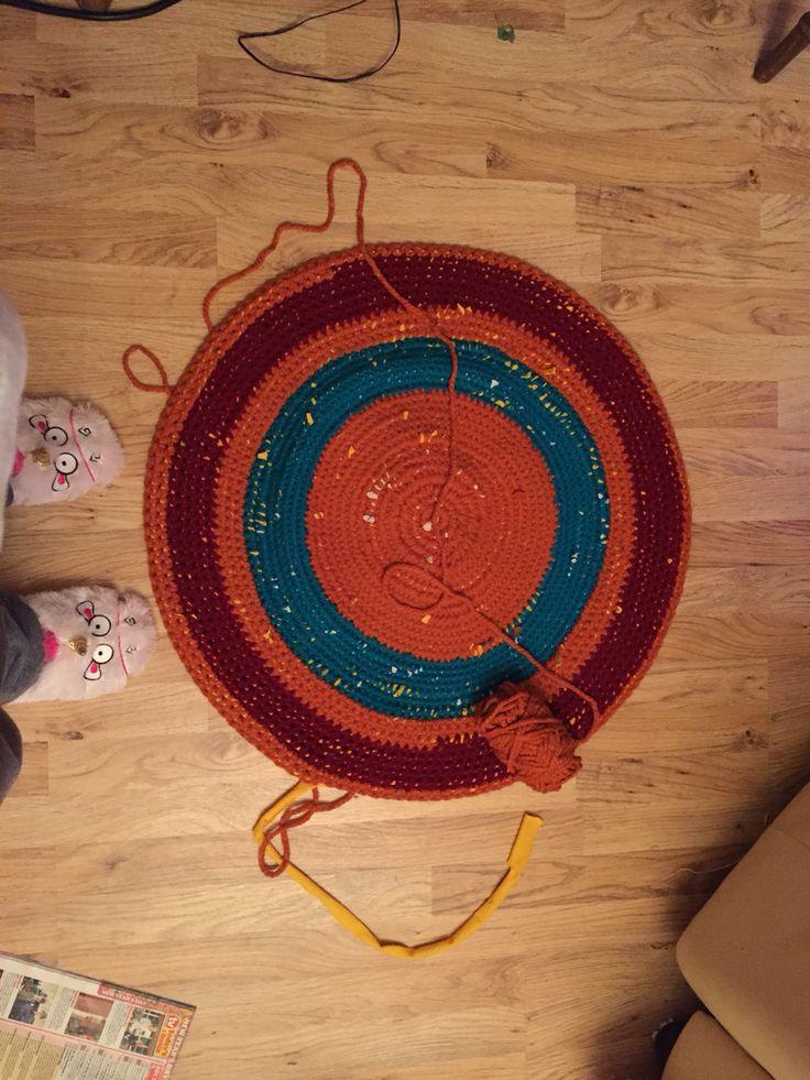Crocheted rug. 1st try