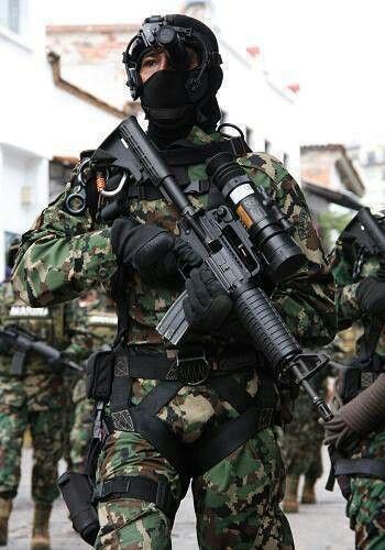 Son pocas las fotos de ellos, fuerzas especiales y/o Elementos de la marina armada de México