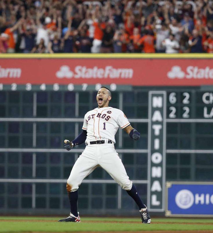 October 14, 2017:  ALCS Game 2: Yankees at Astros - Houston Astros shortstop Carlos Correa (1) reacts after he hit an RBI double which scored alllowed Jose Altuve to score the winning run in the ninth inning of Game 2 of the ALCS at Minute Maid Park on Saturday, Oct. 14, 2017, in Houston. ( Karen Warren / Houston Chronicle ) Photo: Karen Warren/Houston Chronicle