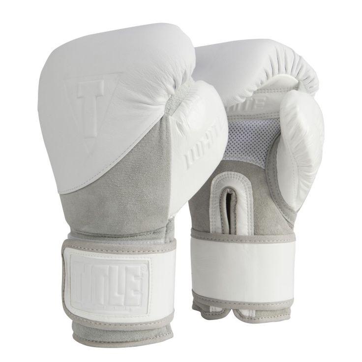 TITLE WHITE Training / Sparring Gloves