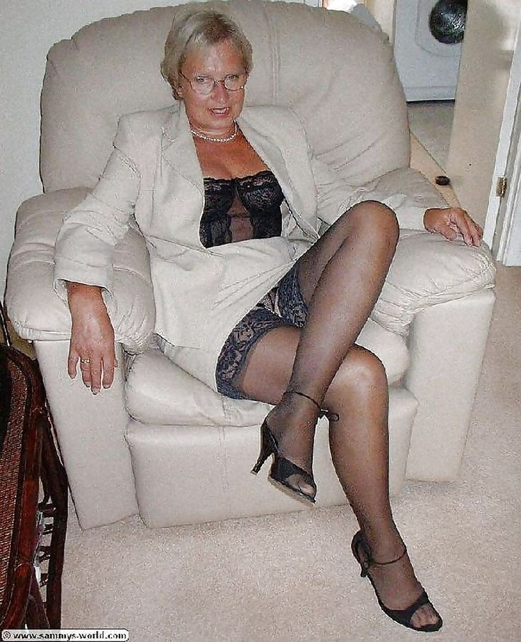 clothed picture archive sexy older women