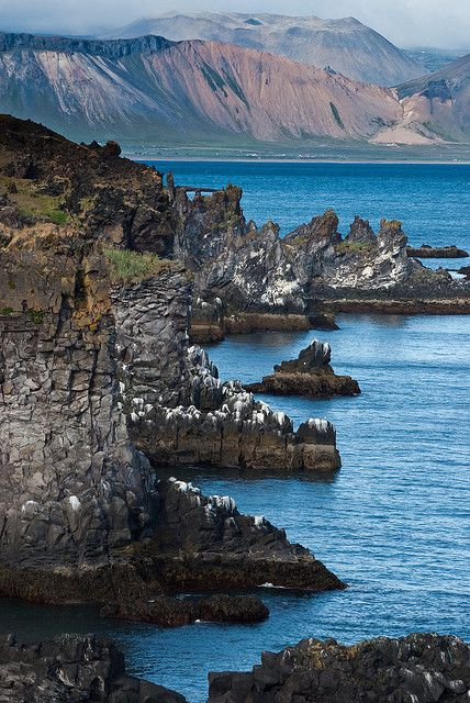 Cliffs near Hellnar, Snæfellsnes Peninsula, Iceland; photo by Thorsten Scheuermann