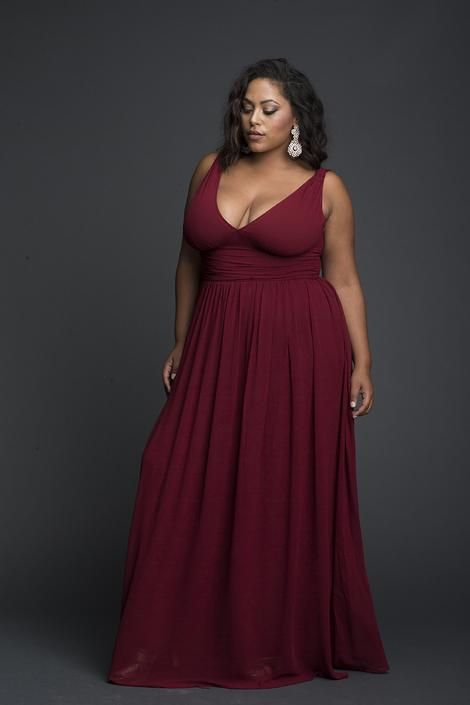 Love this beautiful and elegant evening dress and gorgeous neckline!!! Red Viscose Plunging Maxi Dress #dress #plussize #long #gown #afflink