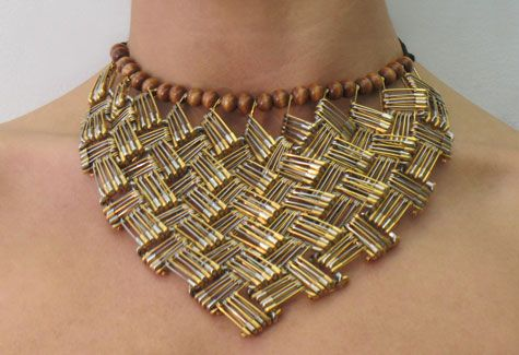 """Gold Cantata"" necklace by Tamiko Kawata. Gold & nickel plated safety pins (1999, 2004)."