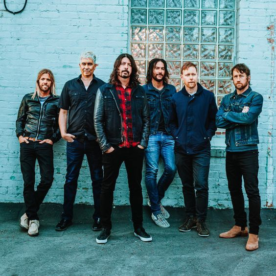New album by Foo Fighters is going to be awesome. I can't wait!!