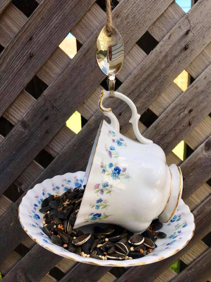A personal favorite from my Etsy shop https://www.etsy.com/ca/listing/548952517/royal-albert-memory-lane-teacup-bird