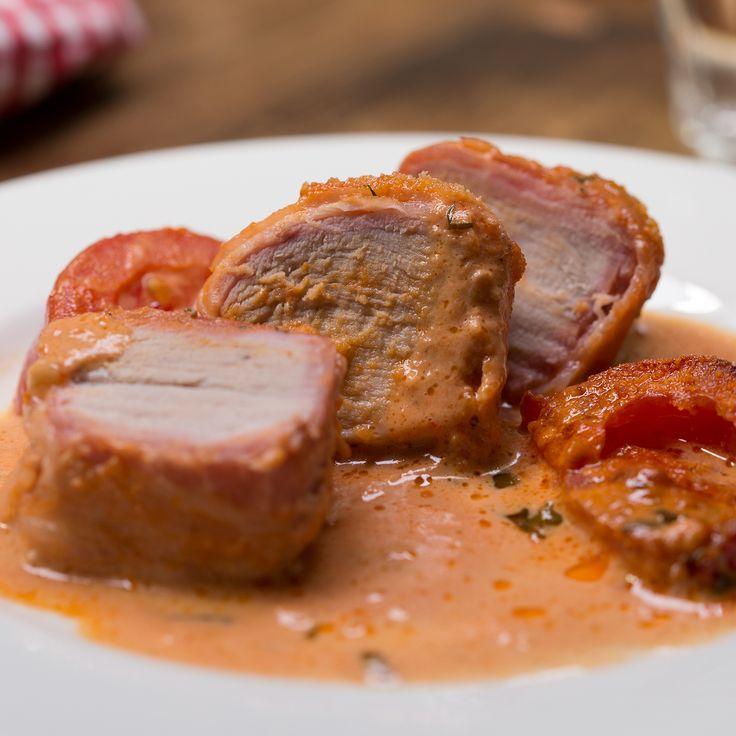 Préparez vos filets de porc à la toscane, et servez ce délicieux plat avec du riz. Vous pouvez aussi réaliser cette recette avec des filets de dinde.