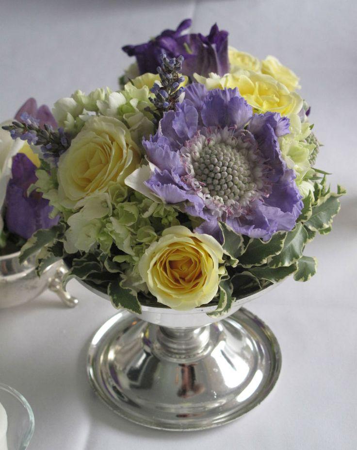 104 best images about lavender bouquets flower arrangements on pinterest sweet peas purple. Black Bedroom Furniture Sets. Home Design Ideas