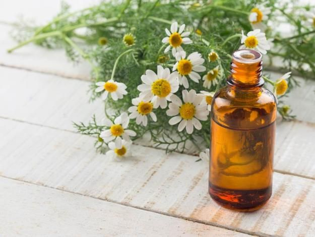 Remedios caseros para teñir las canas - #9 Milagrosa manzanilla