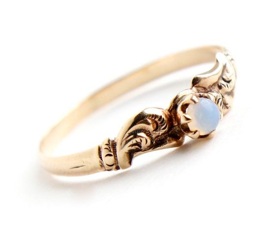 Antique Victorian 9k Yellow Gold Moonstone Ring  by MaejeanVINTAGE, $170.00