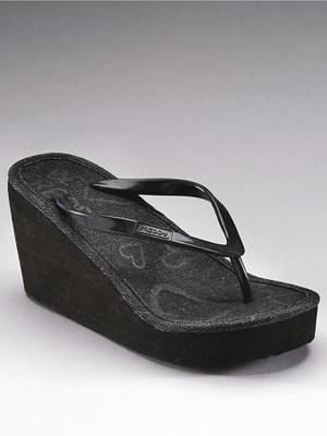 Zoom in: Shoes, Zoom, Flip Flops, Wedges