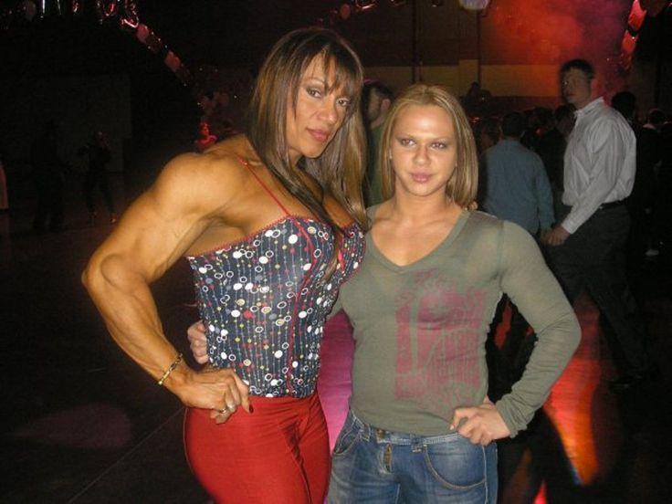 http://www.girlswithmuscle.com/images/full/611736194.jpg ...