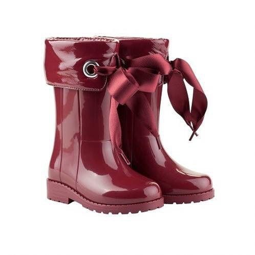 Lonely last pair of burgundy ribbon wellies size 12  Perfect gift or keep them to grow into 20 #igorribbonwellies #susieandsambearsden #open6days #10to5pm #wellies #winterboots #igor #sale