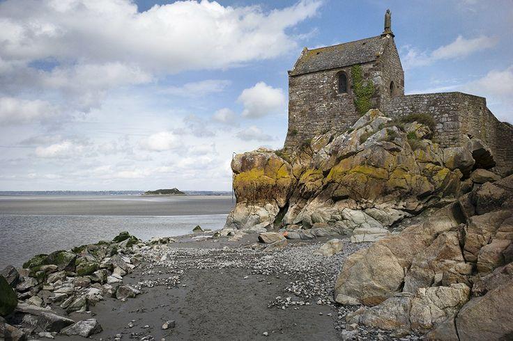 A chapel perched precariously beside the bay at Mont-Saint-Michel. (Maciek Nabrdalik)