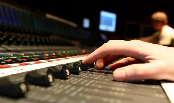 What You Can Expect to Learn While Studying Audio Courses