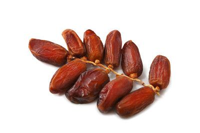 benefits and contraindications of consuming dates during pregnancy
