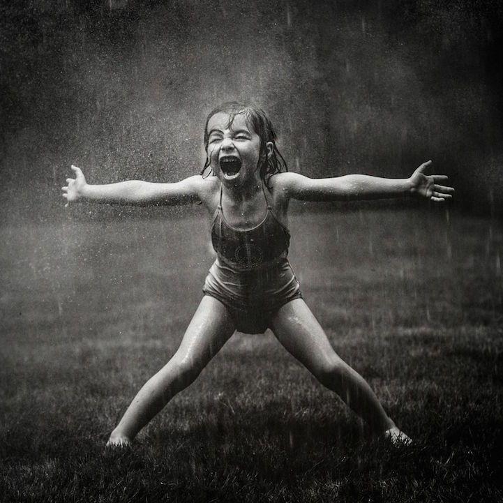 Así debería ser la vida siempre, sin limitaciones, sin miedos, dispuestos a probarlo todo.  Ser, eternamente, niños.