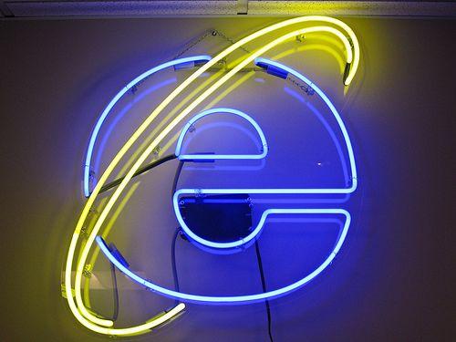 Internet Explorer neon II