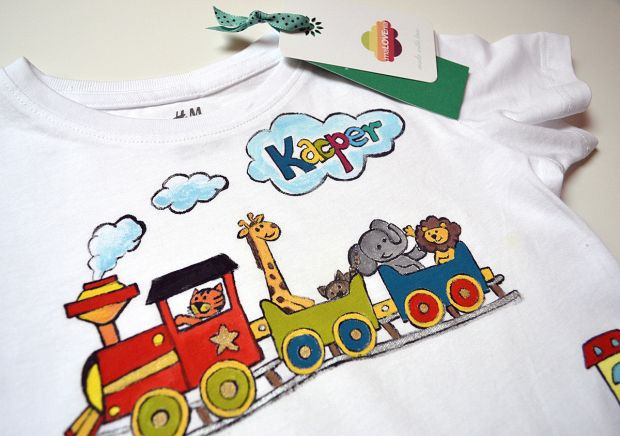 T-shirt for boy with train