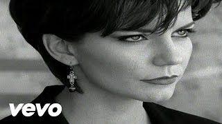 Martina McBride, 'Independence Day' - YouTube