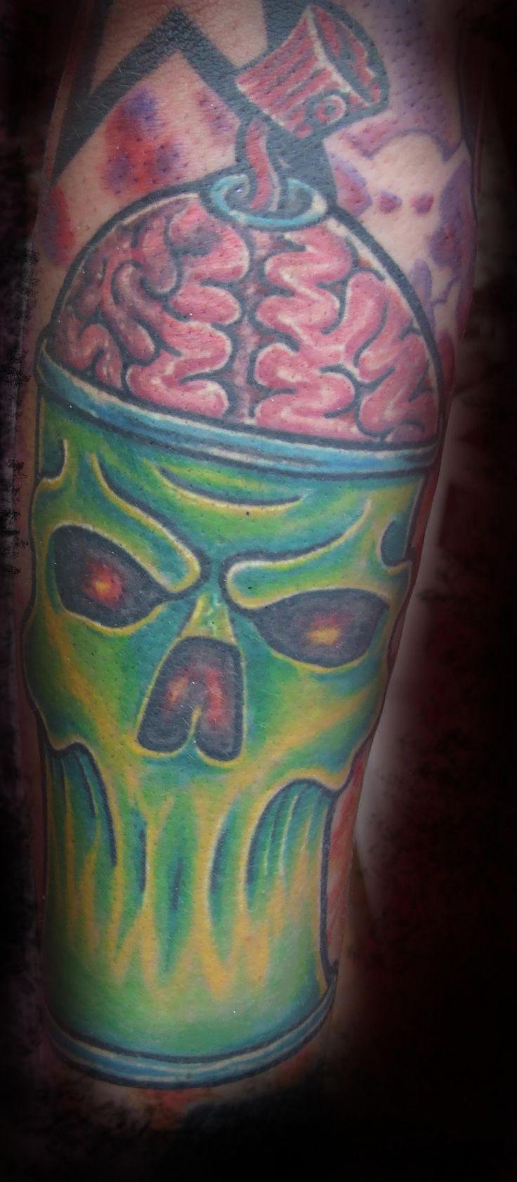 Graffiti art tattoo - Spray Can Skull Graffiti Tattoo